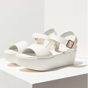 BC footwear Feline Flatform in white